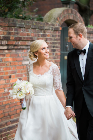 bride and groom alexandria wedding photographer
