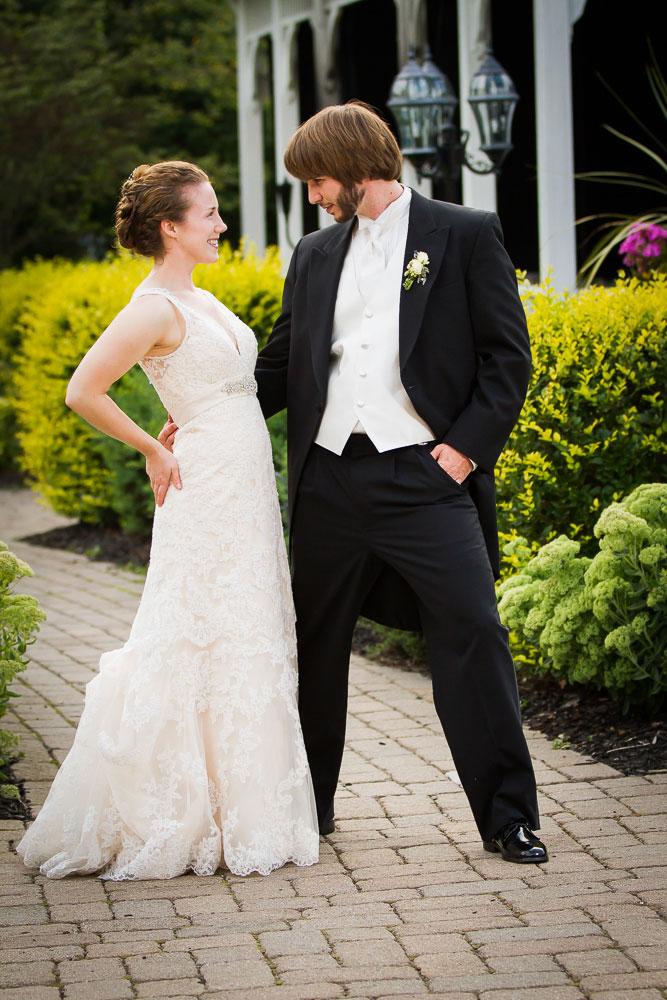 bride and groom washington wedding photographer