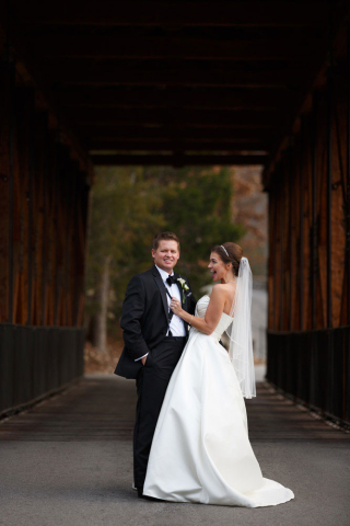wedding photo bridge