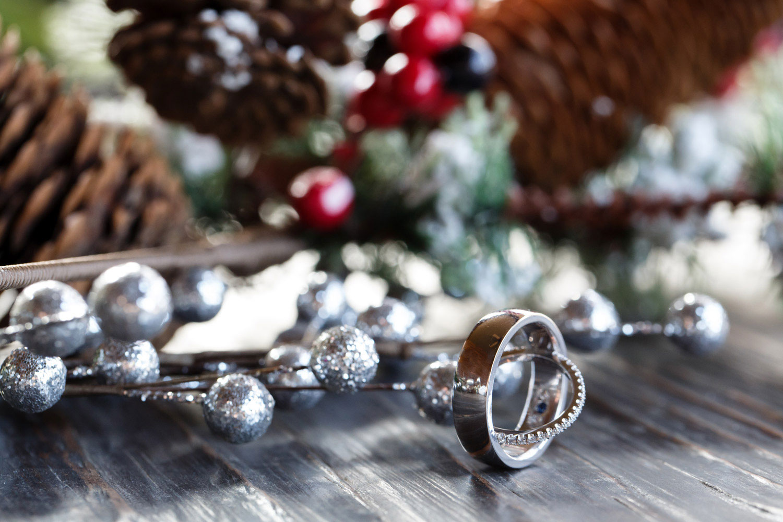 christmas wedding ring photo